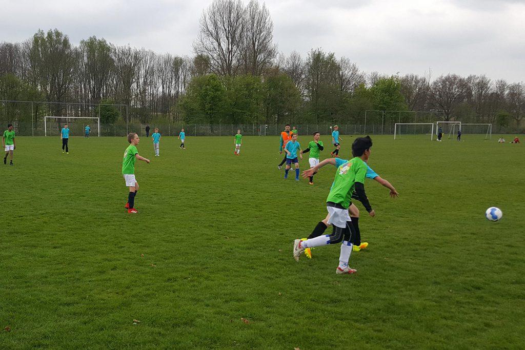 Schoolvoetbal Woerden